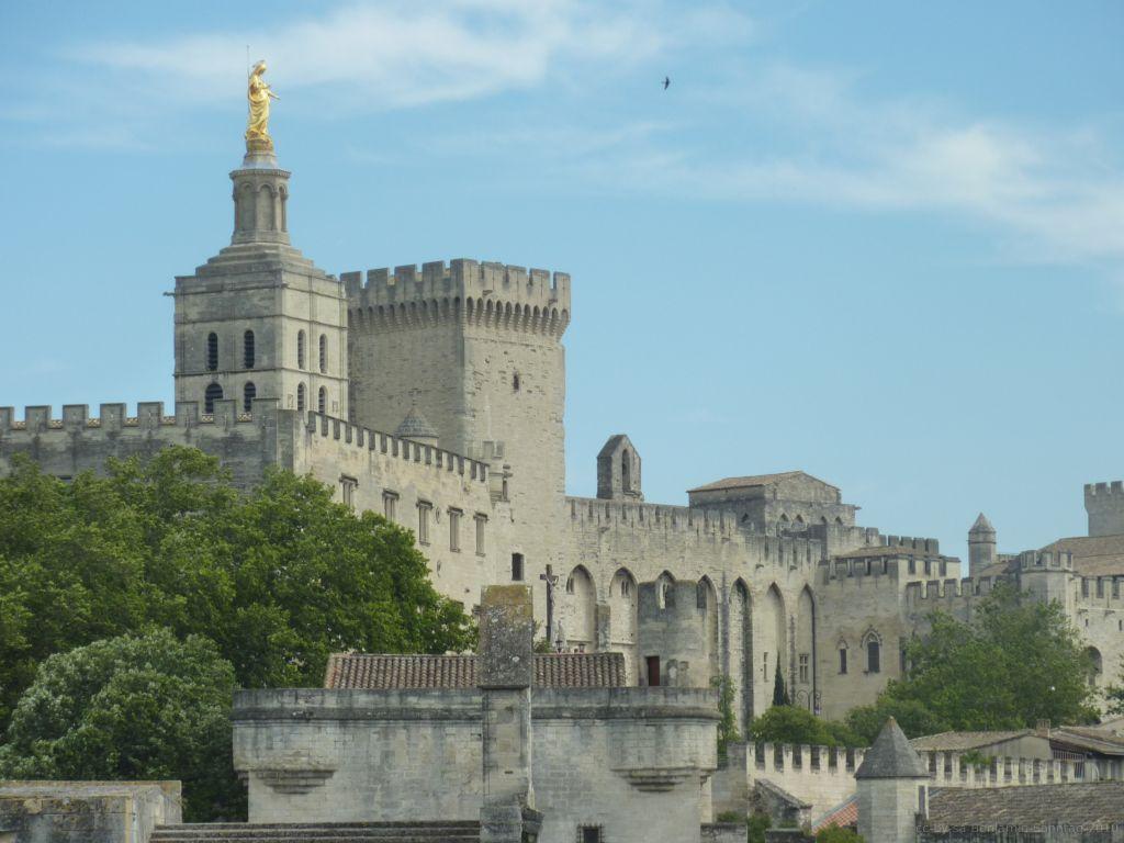 palais_des_papes_Avignon.jpg