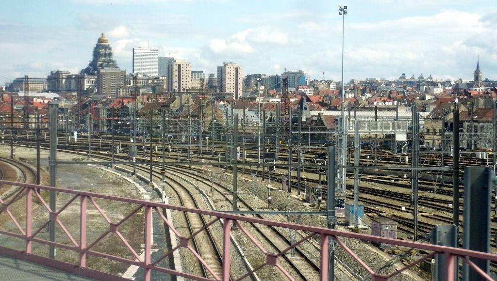 1-_arrivee_a_bruxelles_en_train.jpg